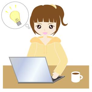 自宅でパソコンをする女性の写真素材 [FYI00249164]