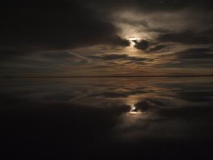 夜空のウユニの写真素材 [FYI00249493]