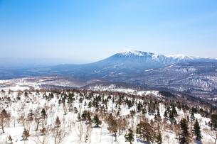 八幡平アスピーテラインより岩手山の写真素材 [FYI00249625]