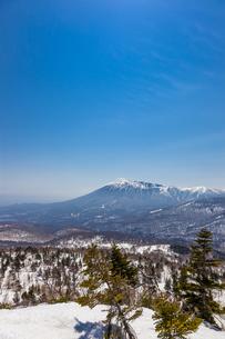 八幡平アスピーテラインより岩手山の写真素材 [FYI00249636]