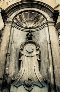 ブリュッセル旧市街小便小僧の素材 [FYI00249839]