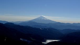 大菩薩峠から見る富士山の素材 [FYI00249940]