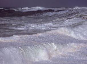 能登の荒れた海の写真素材 [FYI00250525]