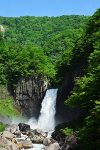苗名の滝の写真素材 [FYI00250940]