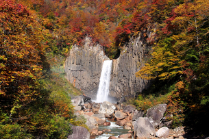 妙高 苗名滝の写真素材 [FYI00250961]