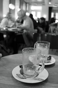 からっぽのグラスの写真素材 [FYI00251131]