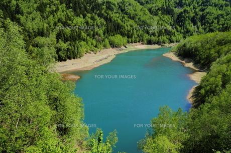 コバルト色の大雪湖の素材 [FYI00251479]