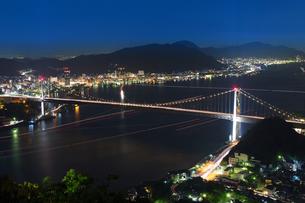 関門海峡 夜景の写真素材 [FYI00251533]