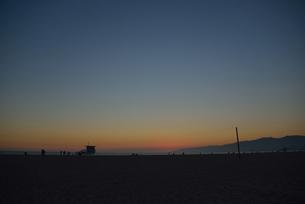 宵闇せまる海岸の素材 [FYI00251604]