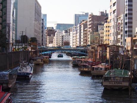 神田川に浮かぶ屋形船の素材 [FYI00252271]