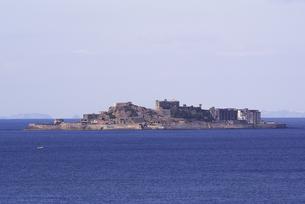 昼間の軍艦島の写真素材 [FYI00253446]