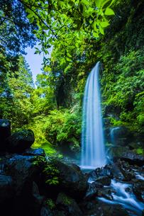 夕日の滝の写真素材 [FYI00254277]