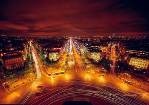 夜のパリの写真素材 [FYI00254352]