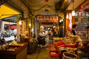 台北の街角の写真素材 [FYI00254784]