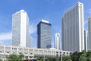 新宿副都心の高層ビル街の素材 [FYI00255170]