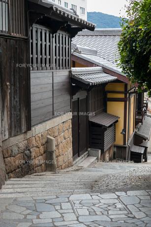 鞆の浦 石畳の路地の素材 [FYI00255700]