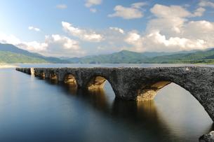 タウシュベツ橋梁の写真素材 [FYI00256212]