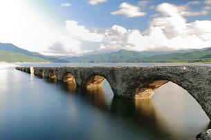 タウシュベツ橋梁の写真素材 [FYI00256228]