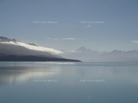 大きな湖の写真素材 [FYI00256297]
