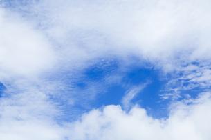 青空と雲の写真素材 [FYI00256922]