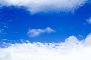 青空と雲の写真素材 [FYI00256929]