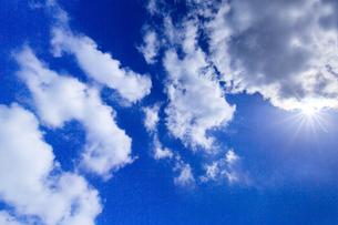 青空と雲の写真素材 [FYI00256970]
