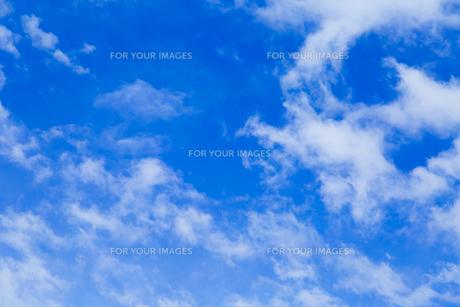 青空と雲の写真素材 [FYI00257021]