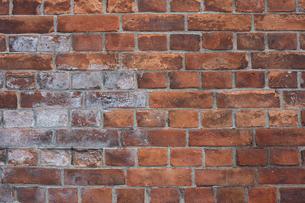 レンガ造りの古い壁の写真素材 [FYI00258185]
