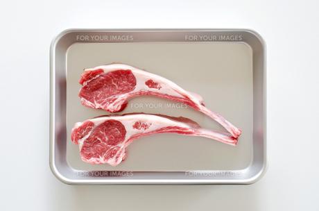 骨付きラム肉の写真素材 [FYI00258669]