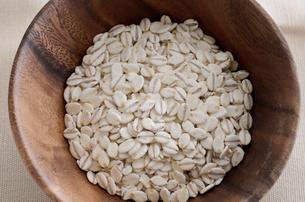 押麦の写真素材 [FYI00258985]