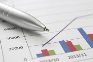 ビジネスイメージ グラフの写真素材 [FYI00259284]