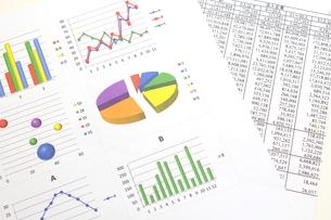 ビジネスイメージ グラフの写真素材 [FYI00259291]