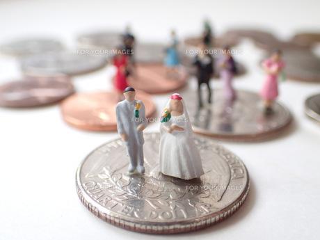 結婚とお金の写真素材 [FYI00259300]