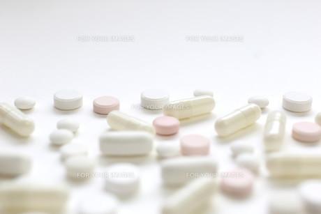 医薬品 飲み薬の素材 [FYI00259473]