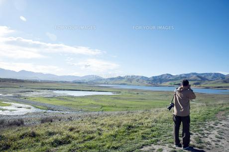 ニュージーランド 南島 アシュウィック フラット オプハ湖   の写真素材 [FYI00261089]
