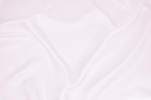 背景素材 光沢布地ハート形ドレープの写真素材 [FYI00261154]