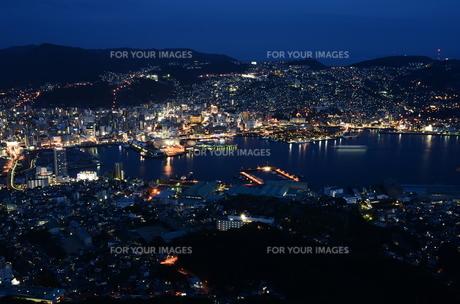 世界新三大夜景「長崎」の写真素材 [FYI00261163]