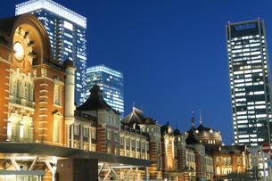 東京駅 駅舎の写真素材 [FYI00261190]