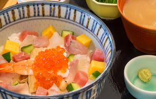 海鮮丼の写真素材 [FYI00261417]