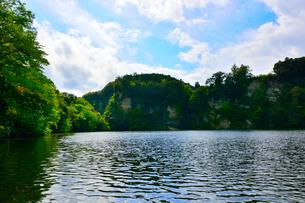 豊英ダムの自然の写真素材 [FYI00261561]