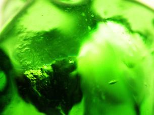 グリーンのガラスの中の気泡 201604010の素材 [FYI00261808]
