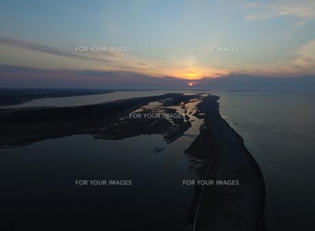 春国岱の夕日の写真素材 [FYI00262026]
