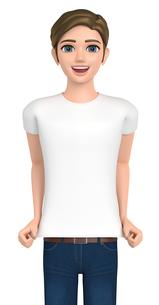 ジーンズをはいた男性は自分のTシャツをアピールしている。の写真素材 [FYI00262615]
