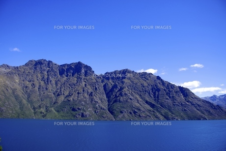 湖と山2の写真素材 [FYI00262856]