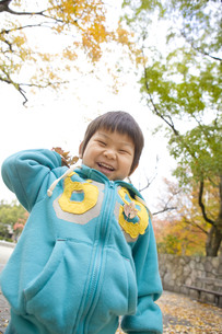 笑顔いっぱいの子供の写真素材 [FYI00263783]
