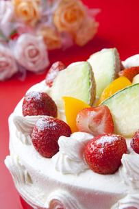 記念日のお祝いとケーキの写真素材 [FYI00264493]