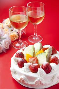 記念日のお祝いのケーキの写真素材 [FYI00264495]