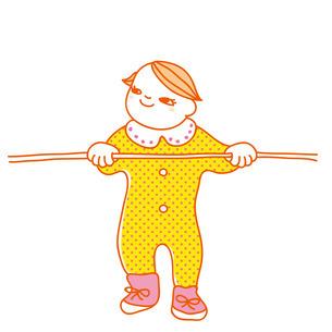 つかまり立ちする赤ちゃんの写真素材 [FYI00265566]