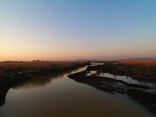 湿原の夕景の素材 [FYI00266721]