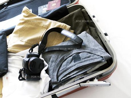 旅行鞄と中身の素材 [FYI00268867]